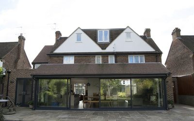 Extension Esher